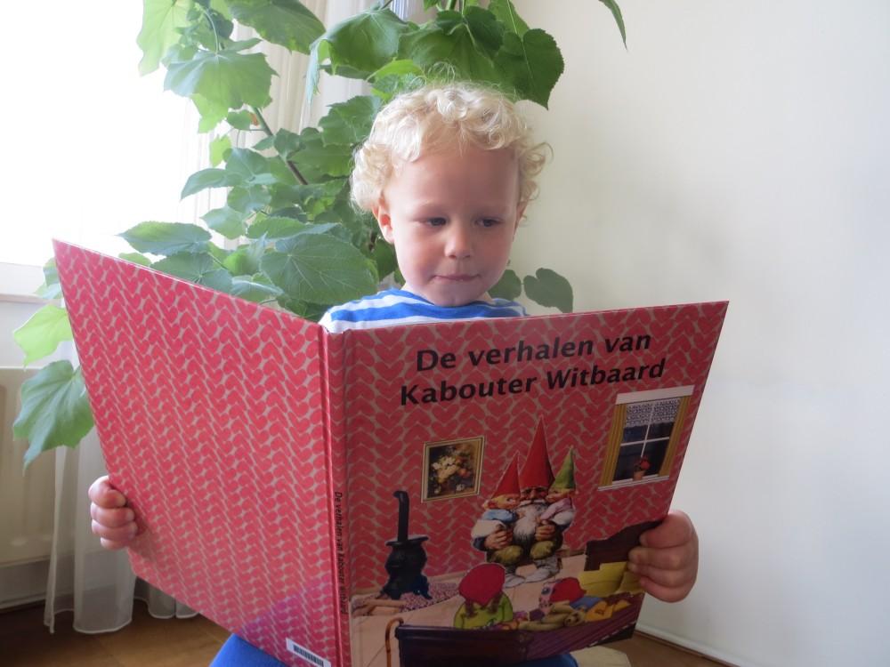 Tobias leest